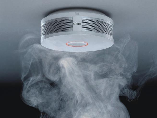 czujnik dymu, detektor pożaru